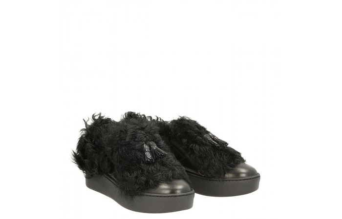 Black calfskin Fur sneakers