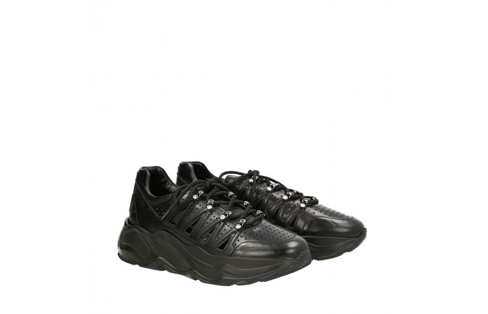 Black Roundup sneakers