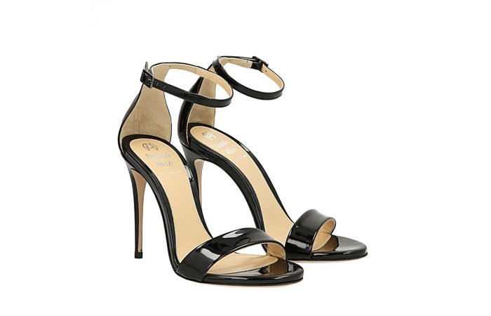 Black patent Bri sandals