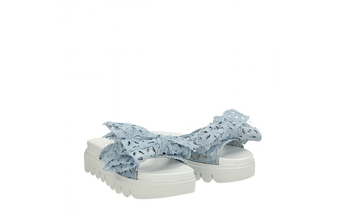 Light blue lace Bilboa mules