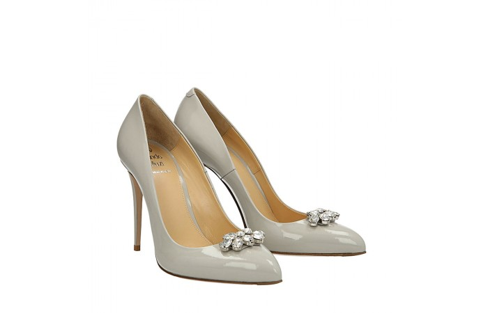 Pearl grey patent Top pumps