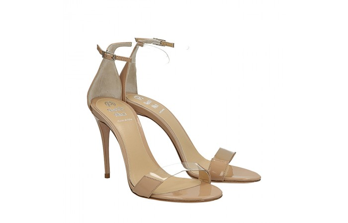 Nude patent Me sandals