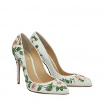White flowers Top pumps