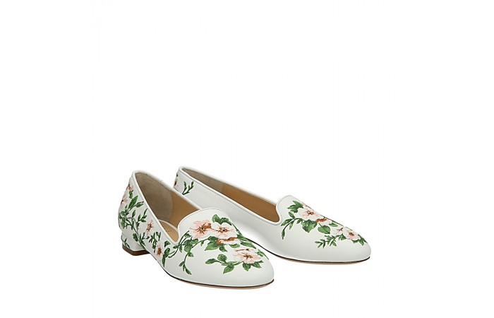 White flowers Pam moccasins